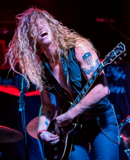 Special guest of Glenn Hughes, Jared James Nichols (copyright RSR-Photography 2015)