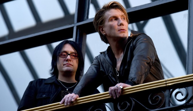 Goo Goo Dolls unboxed at Hammersmith Apollo