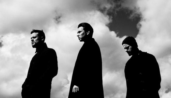White Lies get friendly at Shepherd's Bush Empire