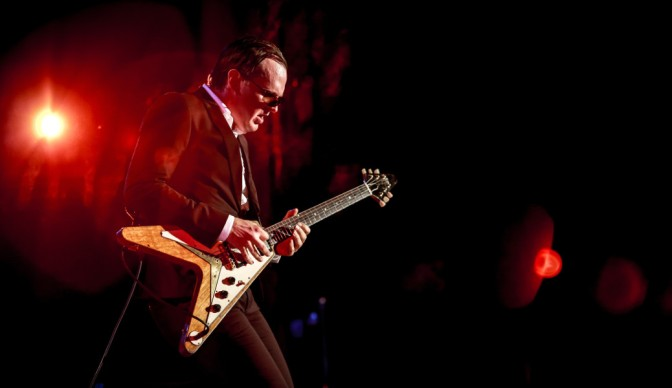 Joe Bonamassa: Riding with the Kings