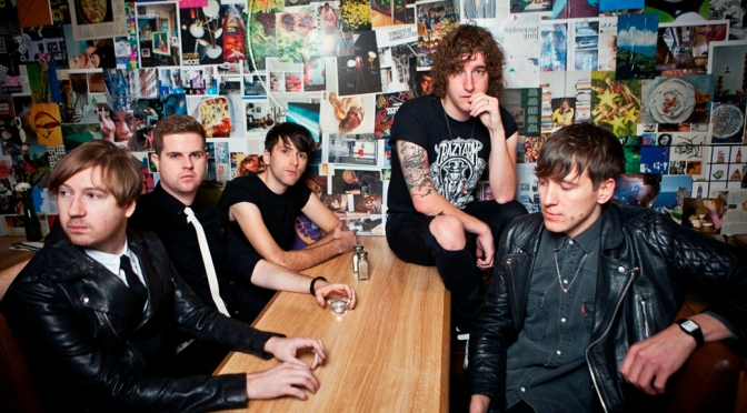 The Pigeon Detectives share 'Broken Glances' at Electric Ballroom